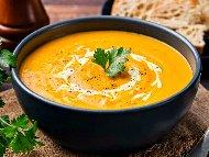 Тиквена морковена крем супа с кокосово мляко